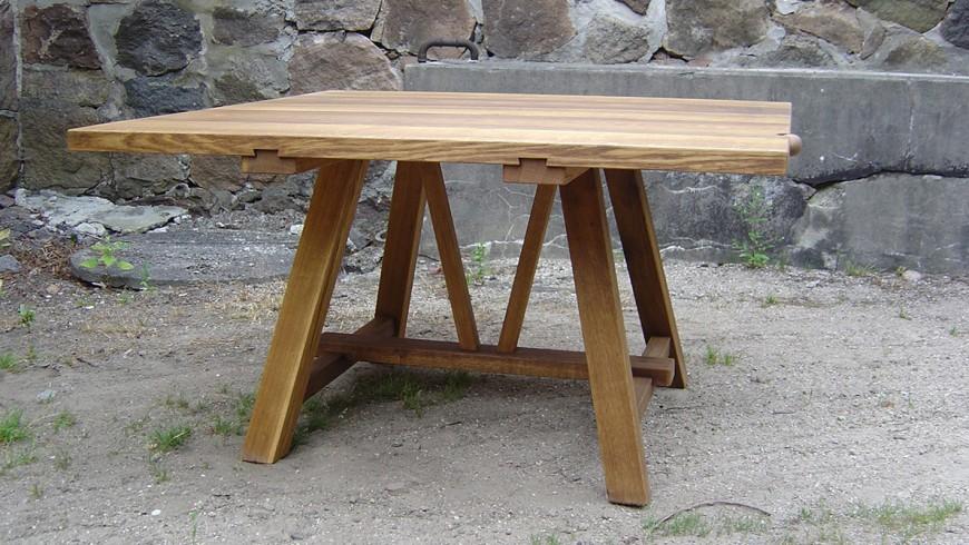 Sauntebord - plankebord i eg